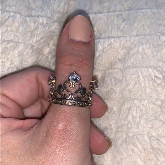 Crown ring 2 for $30 👑